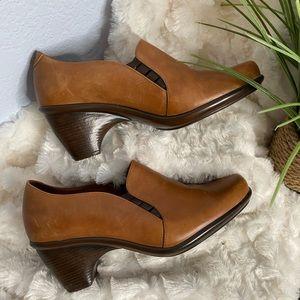 Dansko brown leather clogs size 38